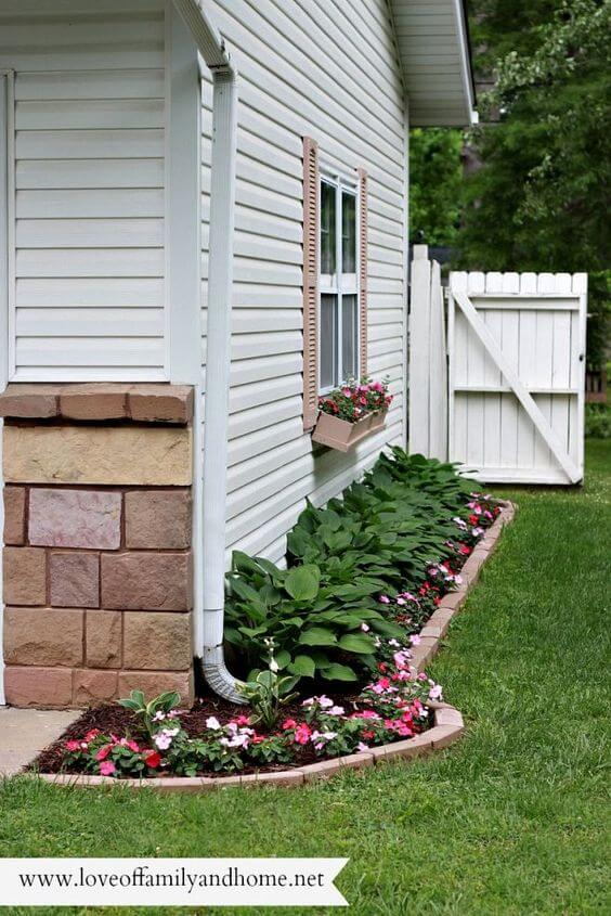 20 Wonderful And Creative Flower Beds you should ... on Flower Bed Ideas Backyard id=48030