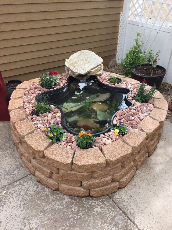 10 Small, Yet Adorable Garden Ponds That Will Take Your ... on Small Garden Ponds Ideas id=27482
