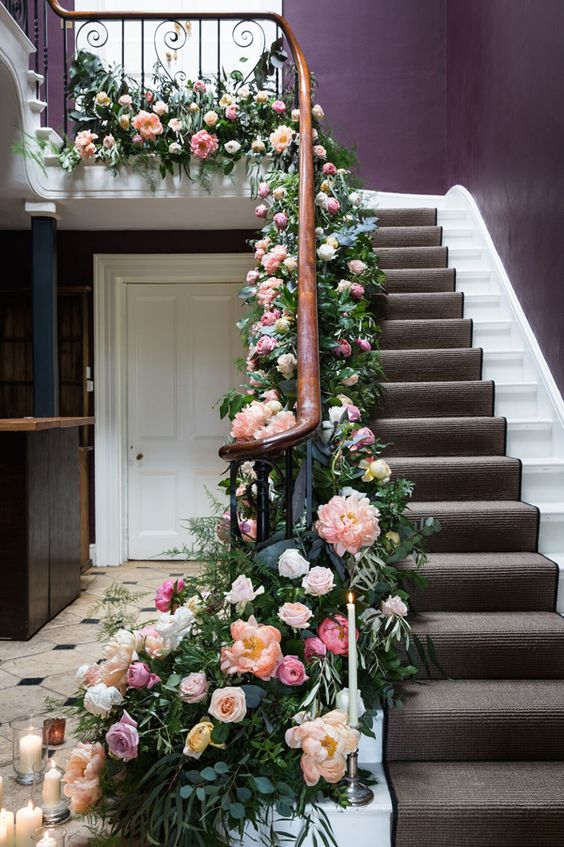 How To Decorate A Loft Living Room Upstairs: 13 Wonderful Ways To Decorate Your Stairs With Flowers