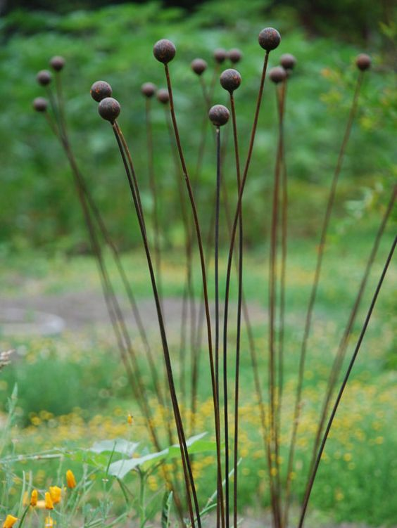 Kinetic Metal Garden Art Sculpture