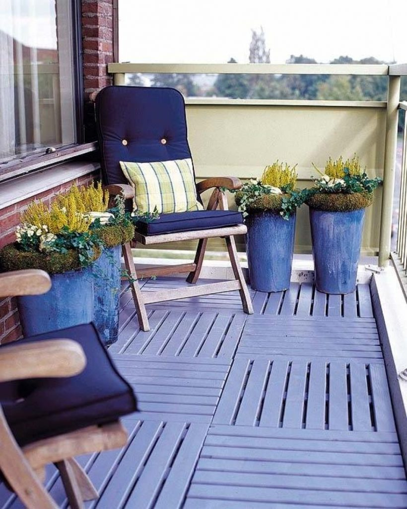 Peace balcony garden idea