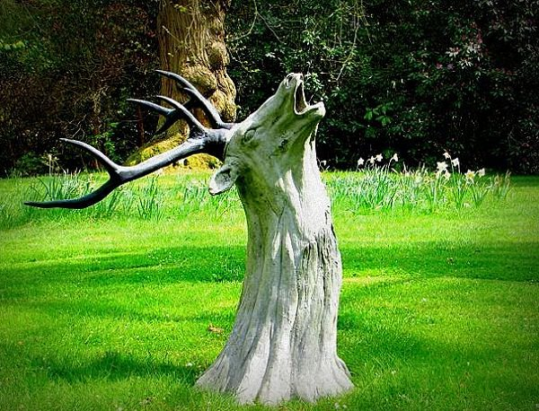 Tree Stump Decorations 17