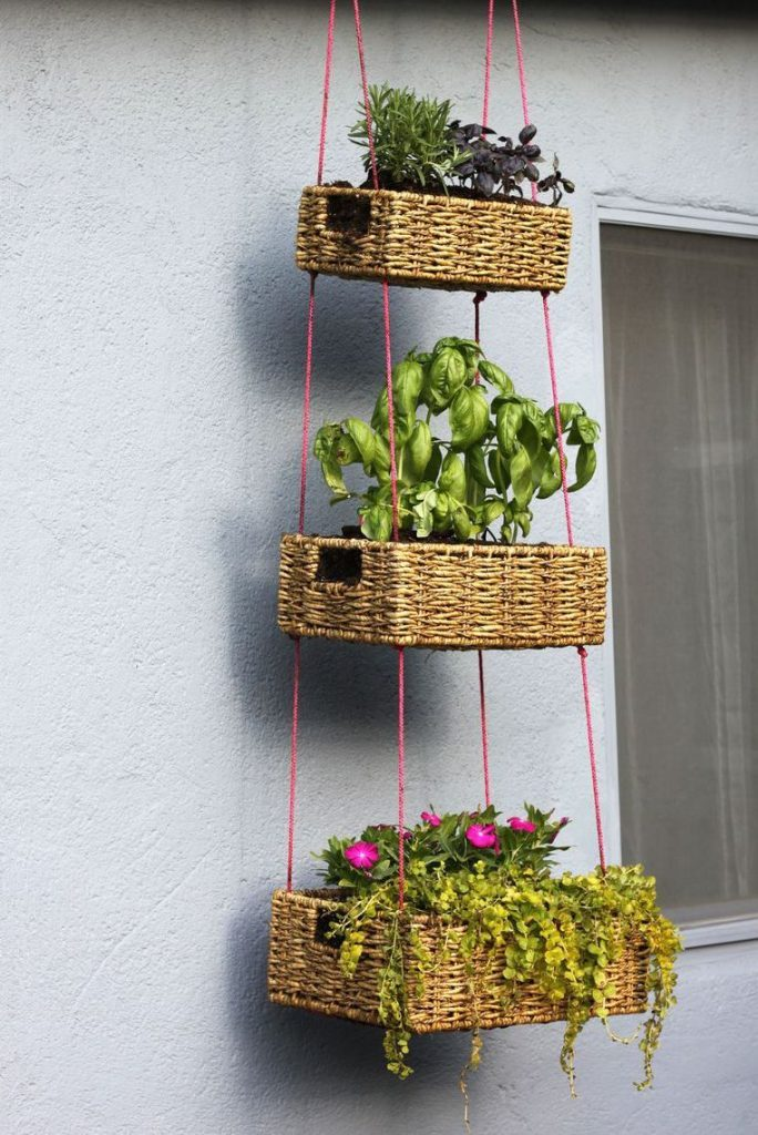 space-saving decorative garden ideas 11
