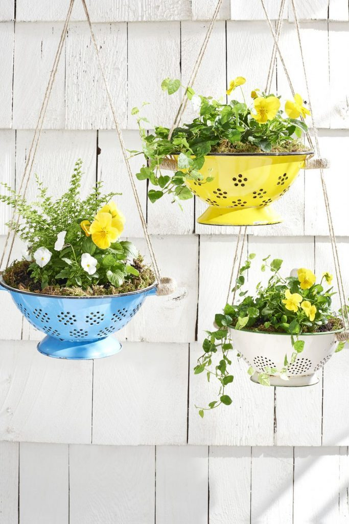 space-saving decorative garden ideas 13
